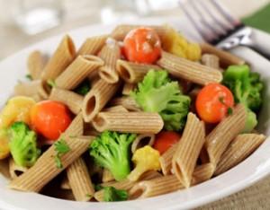 macarrao-integral-com-legumes1